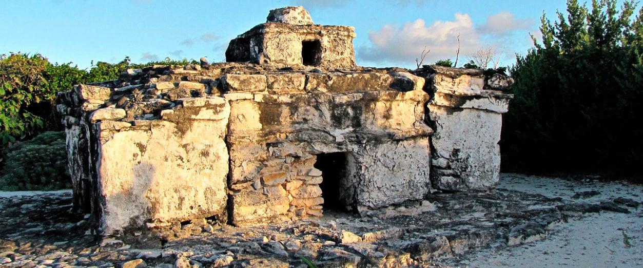 ZonasArqQroo_0003_Caracol-Punta Sur